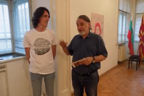 """Изложба """"Дали и ти си мигрант ?"""" на Дарко Талески во КИЦ на РСМ во Софиja (фотографиja)"""