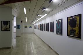 Изложба на слики од авторите Марјан Ѕин, Свилен Стефанов и Иво Пецов во Куманово (фотографија)