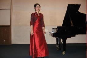 Ана Гацева, проект: Солистички пијано-концерт (фотографија)