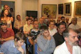 """Ретроспективна изложба на Меѓународната ликовна колонија во Струмиц и трио """"АКОРДИОМ"""" (снимка)"""