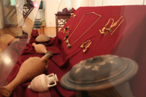 """Археолошката изложба """"Дамски накит од Македонија"""" (снимка)"""