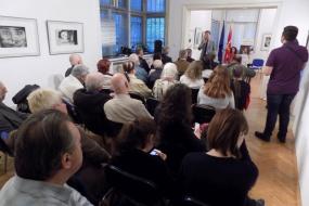"""Промоција на романите """"Индиго Бомбај"""" и  """"Каменот од мојот ден"""" на Јагода Михајловска Георгиева (фотографиja)"""