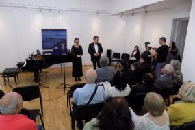 """Концерт """"Вечер на соло песни на Томислав Зографски"""", Хеленe Ангеловска - мецосопран и Дарко Мариновски - пијано (фотографија)"""